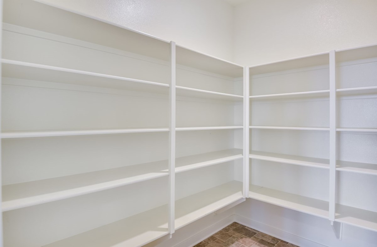 Agave quick move-in lots of storage space in your pantry
