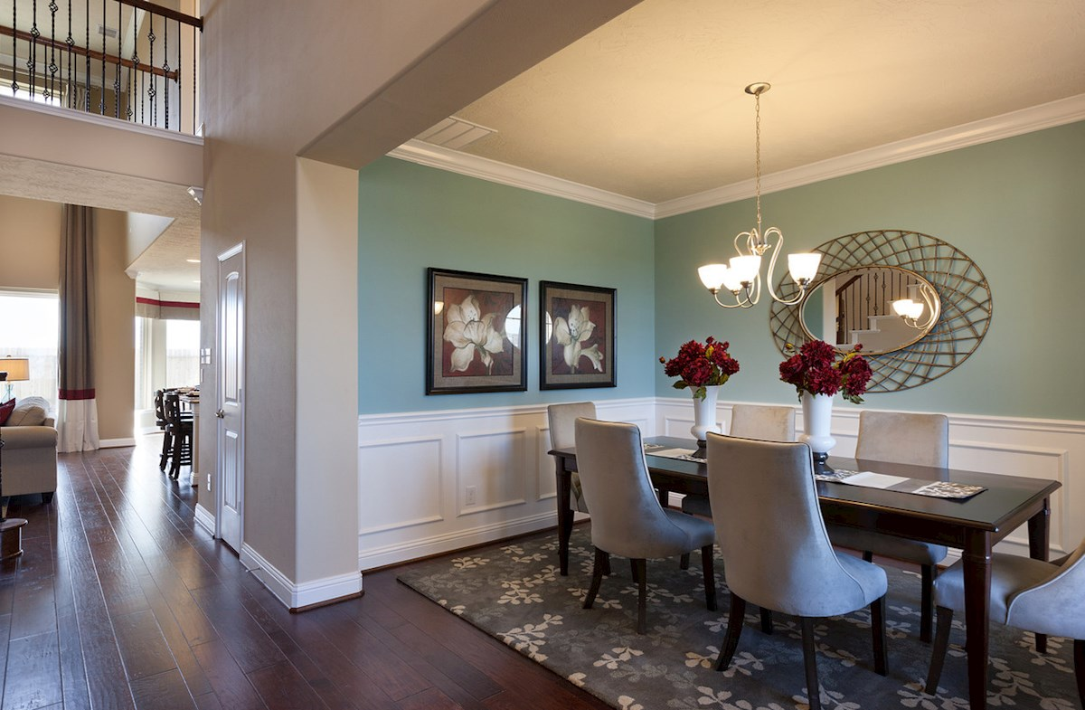 Bridgeland: Parkland Village Fenway formal dining room