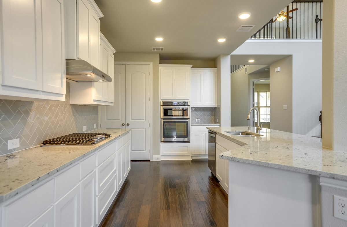 Brookhaven quick move-in kitchen cabinets for extra storage