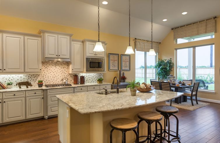 Wildwood at Oakcrest Caldwell large island kitchen