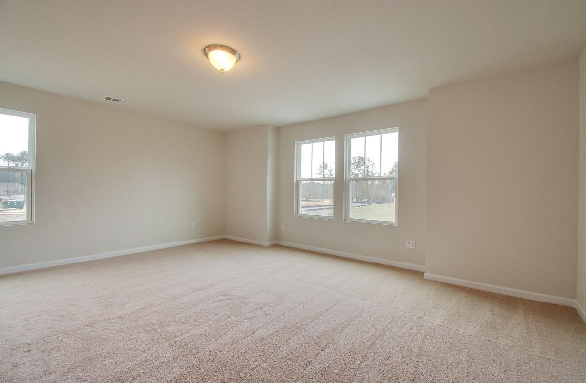McKinley quick move-in second master bedroom