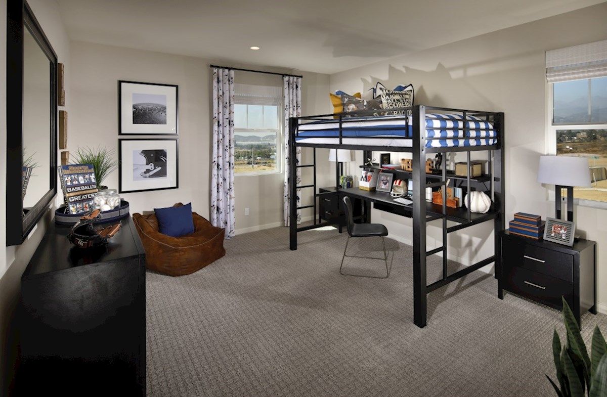 Veranda Ocotillo Secondary bedrooms and closets are designed with optimal size to fit the needs of your family and guests.