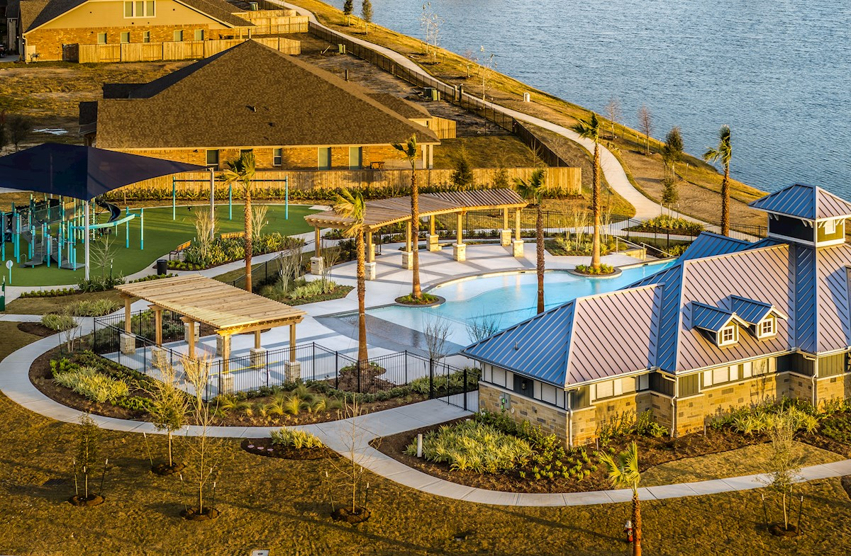 Bluewater Lakes Beazer Homes
