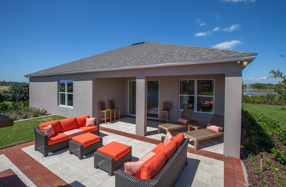 Reserve at Sawgrass Redwood outdoor living
