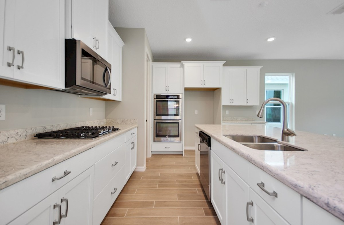 Canterbury quick move-in chef-inspired kitchen