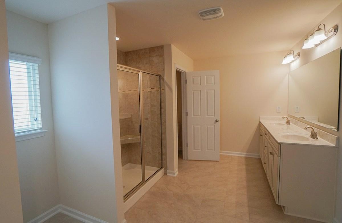 Savannah quick move-in spacious master bathroom