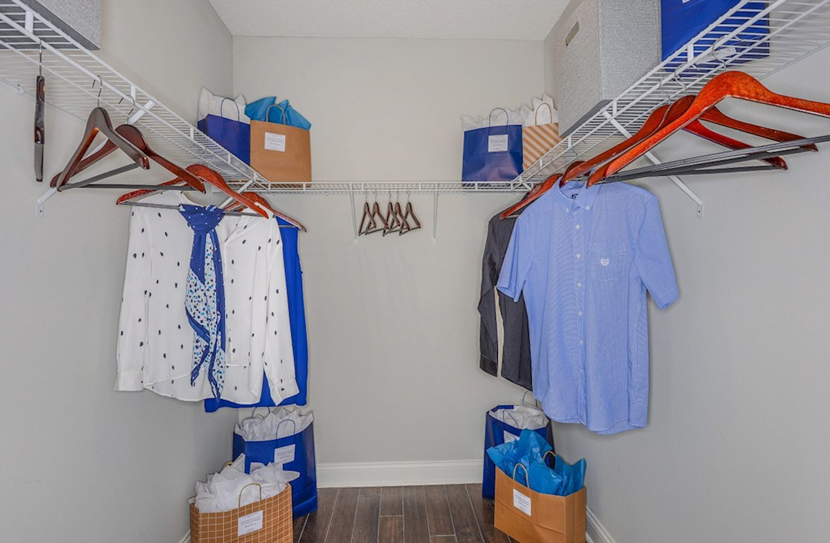 Clifton quick move-in Clifton Closet