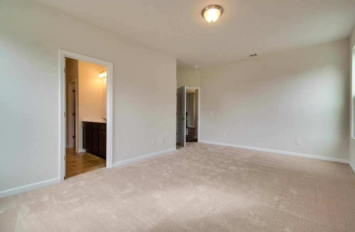 McKinley quick move-in cozy master bedroom