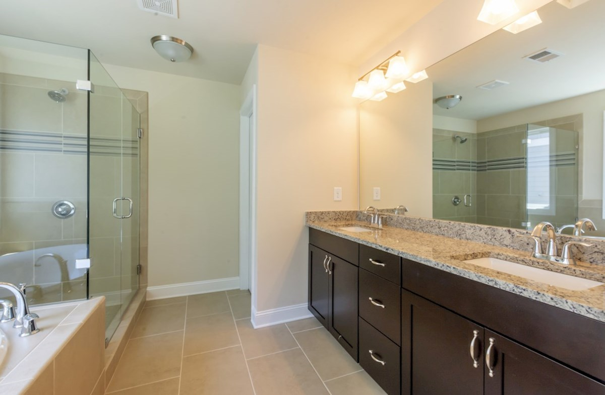 Highland Park Langley Langley Owners Bath