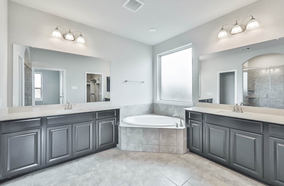 Harper quick move-in master bathroom with separate tub and shower