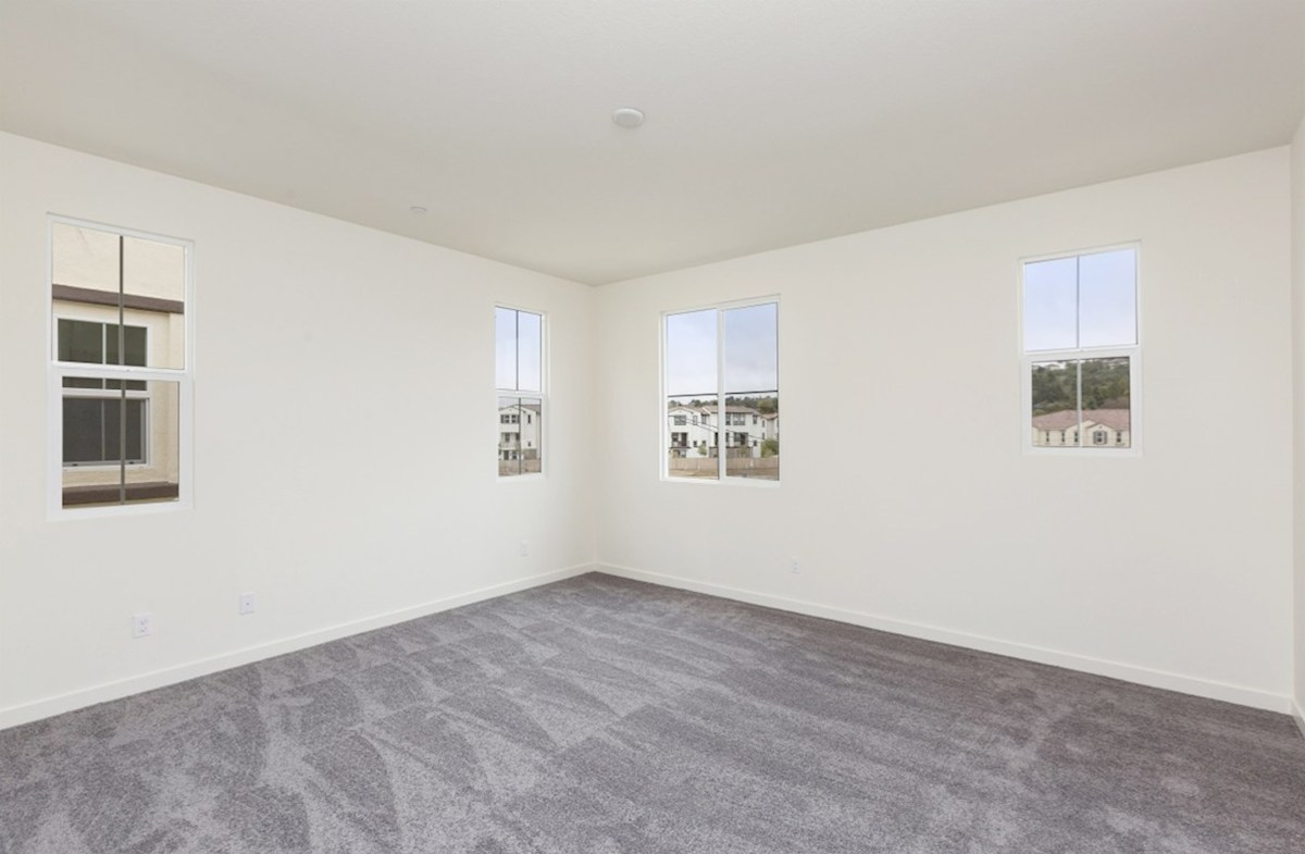 Pinyon quick move-in large master bedroom with lots of natural light