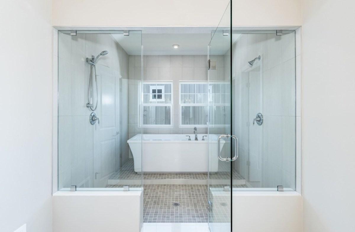 Willowsford Winslow European shower