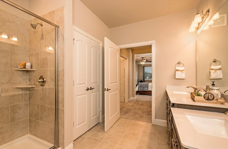 Dorset en Gatherings® at Mercer Crossing Baño principal de Dorset