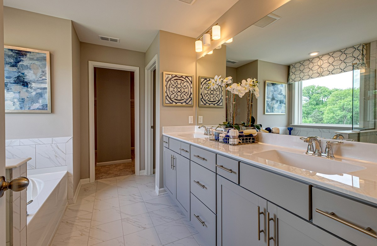 cheerful master bath