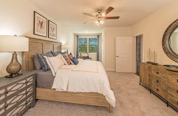 Armoniosa habitación principal de Clifton en Gatherings® at Indian Lake