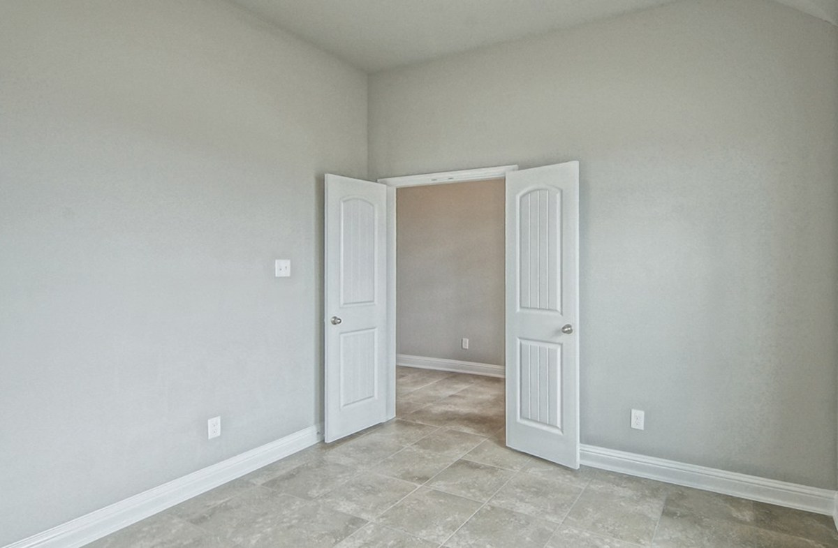 Capri quick move-in private study with double doors