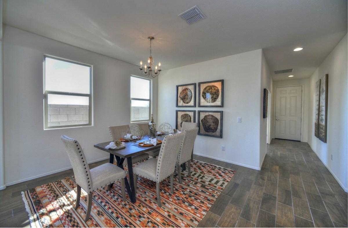 Abilene quick move-in open dining room