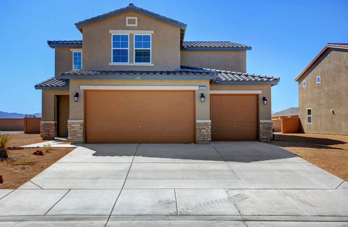 Sienna Elevation Tuscan quick move-in