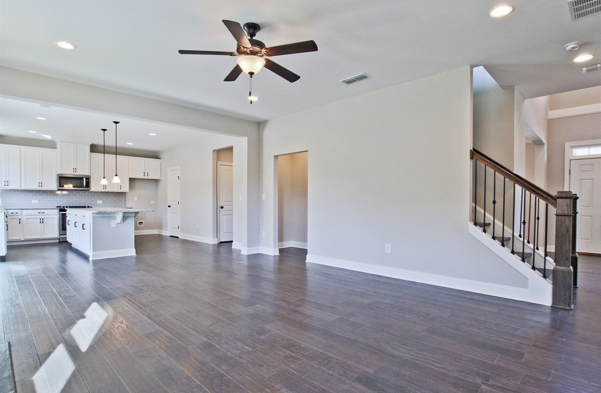 Manchester quick move-in Family room off kitchen