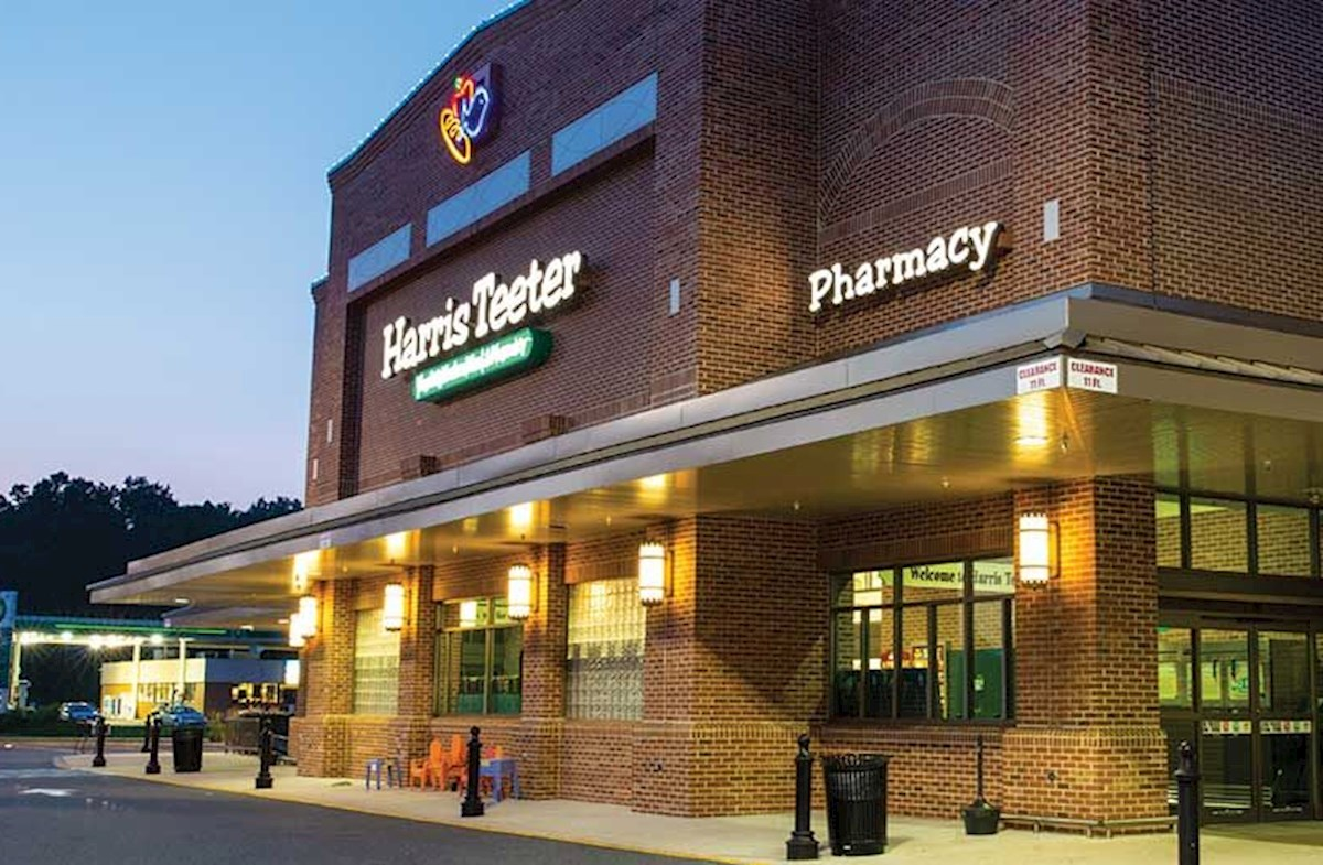 Harris Teeter at the Community Entrance