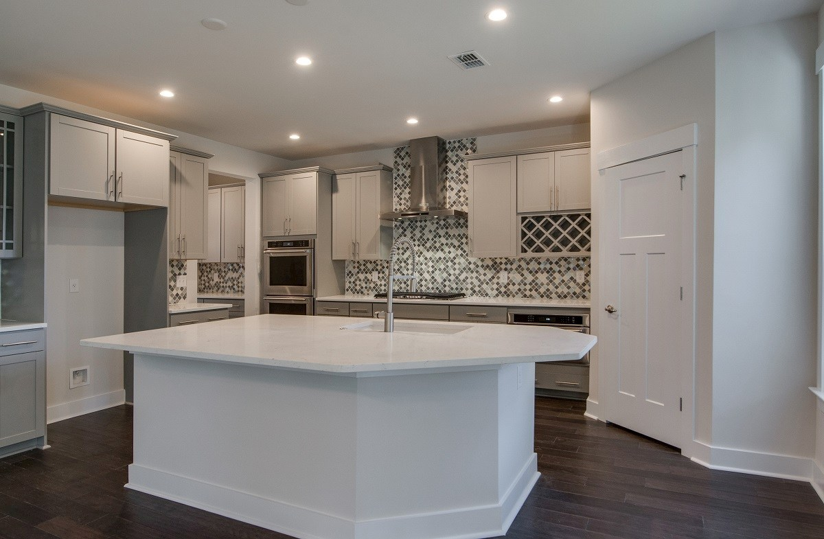 Jasmine Point at Lakes of Cane Bay Cottonwood chef-inspired kitchen