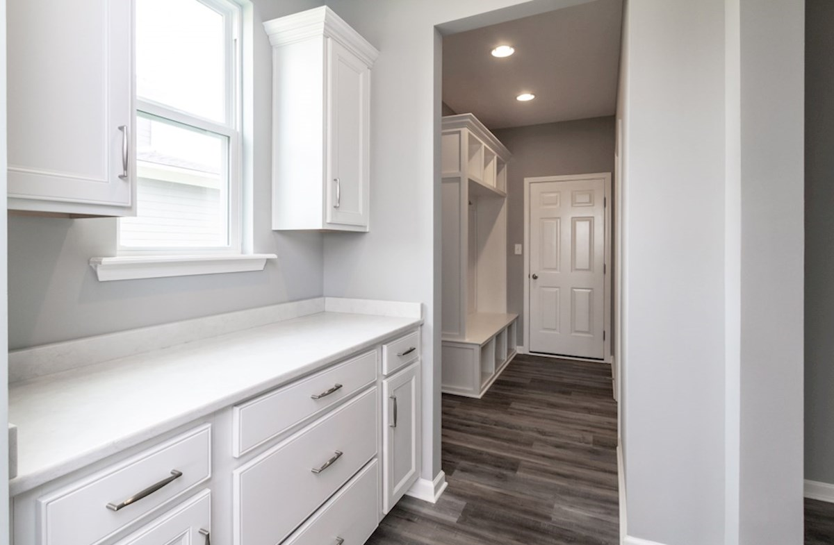 Greenwich quick move-in butler's pantry with white cabinets