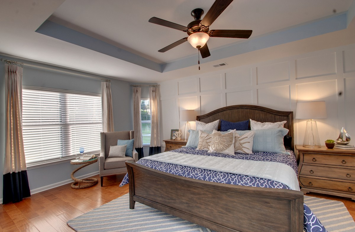 Spring Mill Plantation Summerton private master bedroom with bay windows